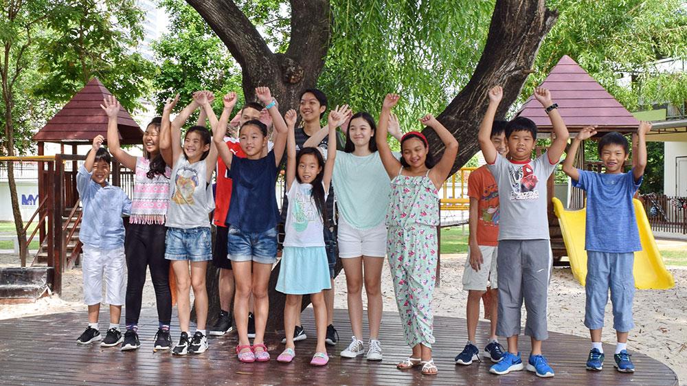 international-school-student-alumni2